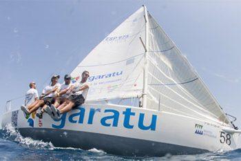 Embarcacion J80 patrocinada por Grupo Garatu