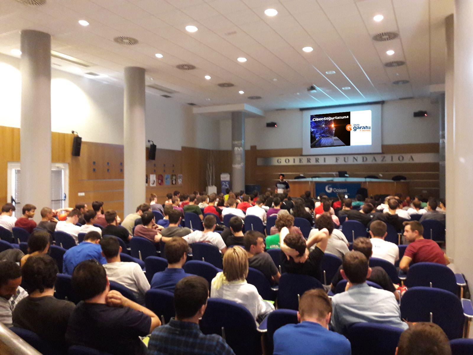 semana de seguridad Grupo Garatu da una conferencia sobre ciberseguridad