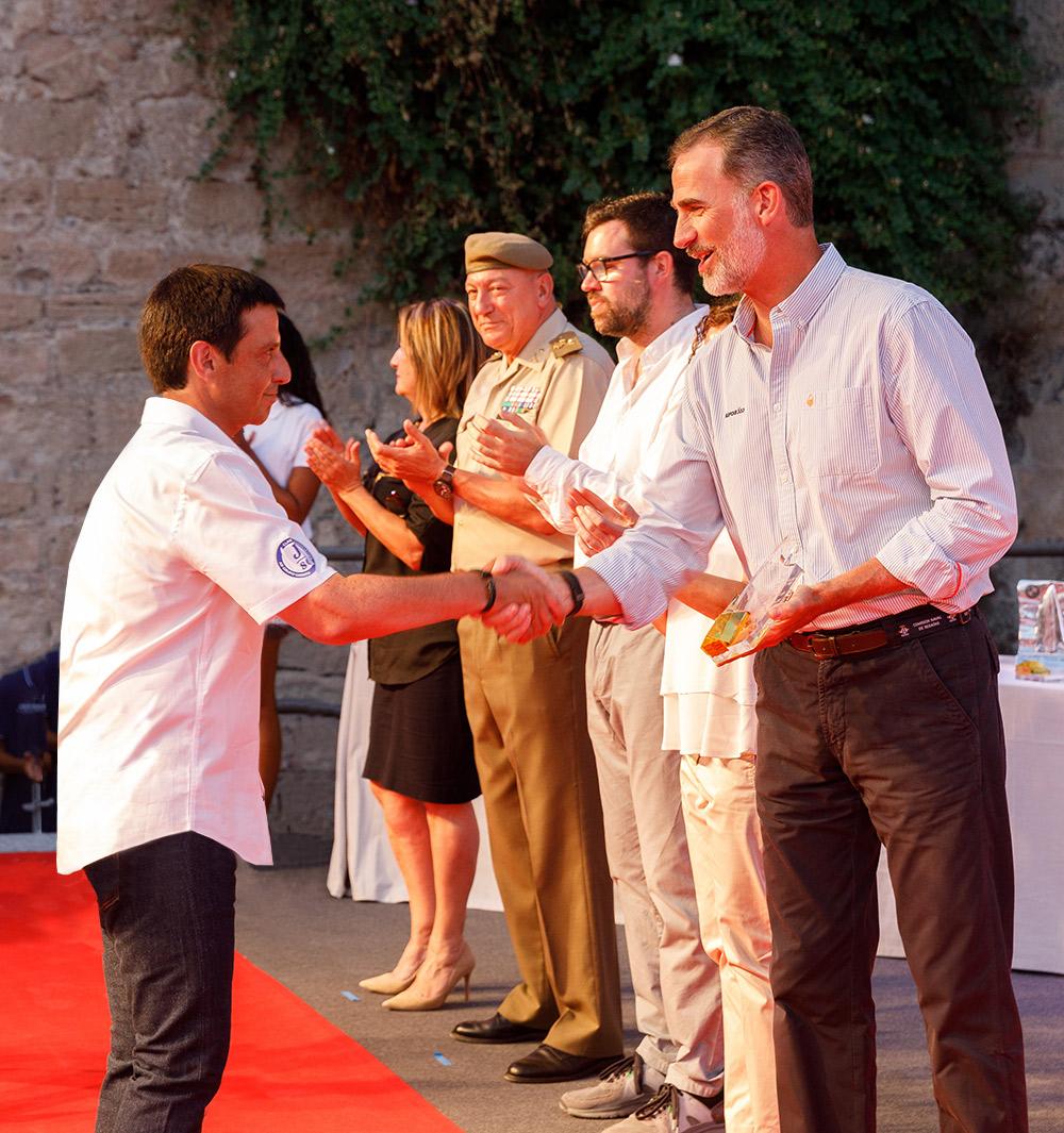 Juan Vazquez de Dios recogió el trofeo de la 37 copa del rey de mapfre de manos de S.M. el Rey Felipe VI